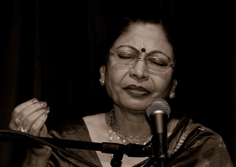 00aFavorite 3a Vidushi Sumitra Guha, Vocals - 20080601VocalSitarCncrtDukeUniv (6670, 624p)