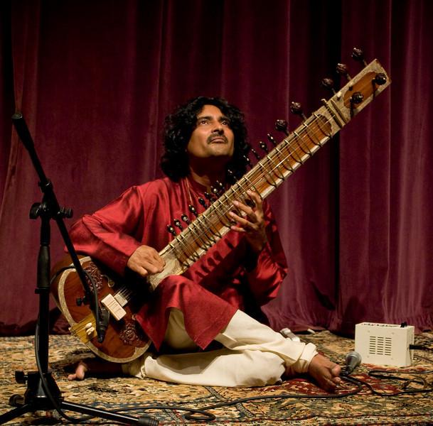 00aFavorite 3b Indrajit Banerjee, Sitar - 20080601VocalSitarCncrtDukeUniv (6954a, 828p)