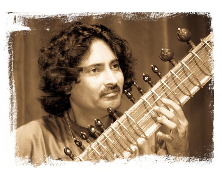 00aFavorite 3b Indrajit Banerjee, Sitar - 20080601VocalSitarCncrtDukeUniv (6900, 817p)