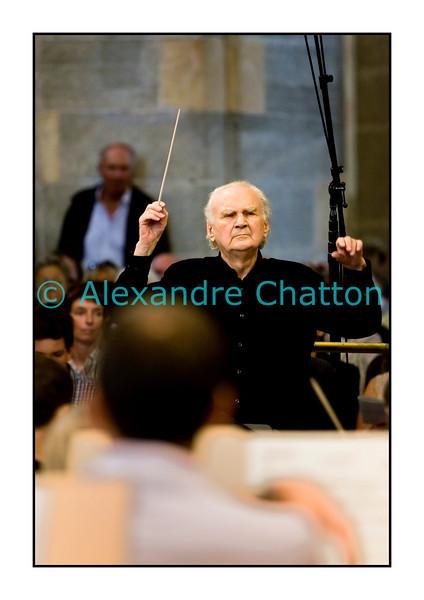 L'Orchestre de la Suisse Romande en répétition générale publique avant son concert de gala du soir à la 16e Schubertiade d'Espace 2 le samedi 5 septembre 2009 à l'Abbatiale de Payerne. Ici, le chef jerzy semkow