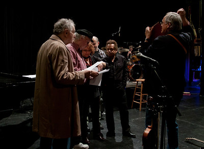David Amram, Tom Paxton, Lisa Gutkin, Lorin Sklamberg, Garland Jeffreys and Tom Chapin going over the music.