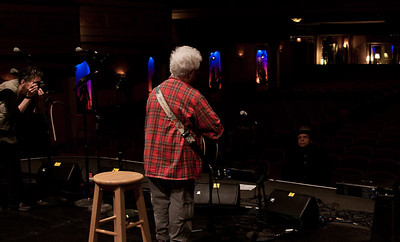 Maxine Smith takes a photo of Janis Ian at sound check with Garland Jefferies taking it all in.