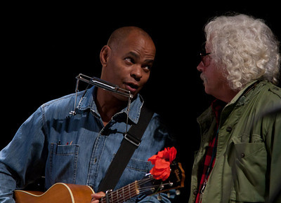 Guy Davis and Arlo Guthrie.