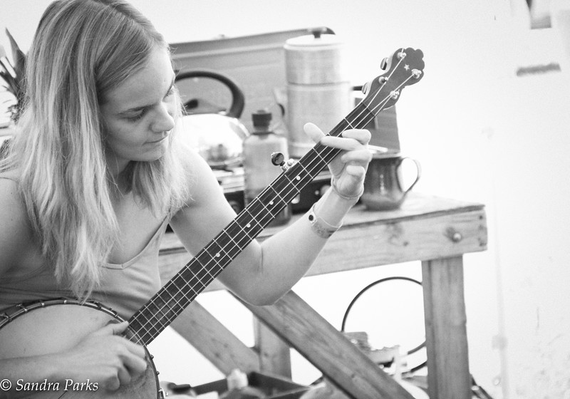 Jessie learning a tune