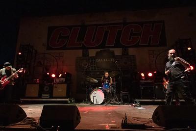 Clutch 003