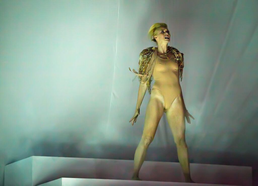 Dancer / Kanye West