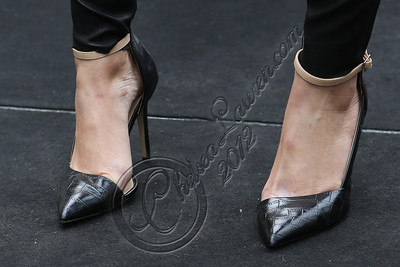 LOS ANGELES, CA - NOVEMBER 08:  Televsion personality Maria Menounos (shoe detail) attends filming on EXTRA at The Grove on November 8, 2012 in Los Angeles, California.  (Photo by Chelsea Lauren/WireImage)