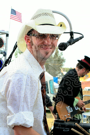 Jim Howell of The Wyatts at Country Thunder
