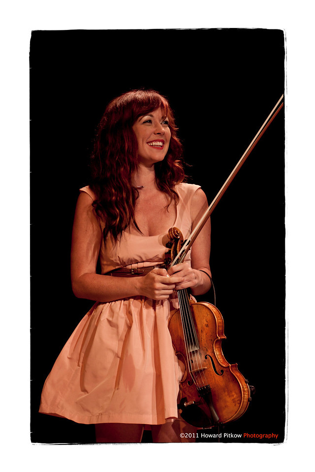 Amanda Shires performing with Justin Townes Earle at the 2011 Philadelphia Folk Festival