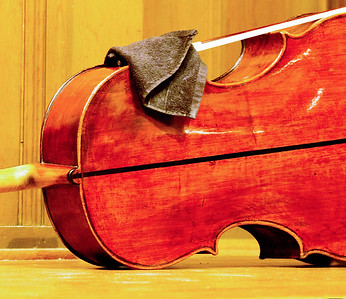 The 'cello also need to take a rest.