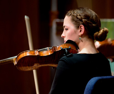 Rebecca Reale playing her violin