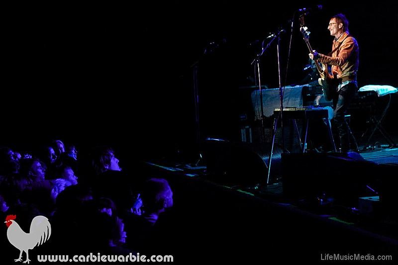 "Band Of Horses   PHOTOS BY NIKKI WILLIAMS - <a href=""http://www.carbiewarbie.com"" target=""_wina"">CARBIEWARBIE PHOTOGRAPHY</a>  <a href=""http://lifemusicmedia.com"">LIFE MUSIC MEDIA</a>"
