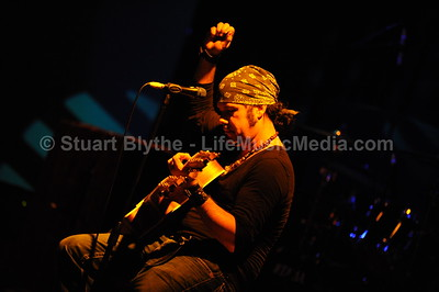 JEFF MARTIN & THE ARMADA @ The Hi-Fi, Brisbane May 2009  Photographer: Stuart Blythe   LifeMusicMedia.com  Prints are available for purchase. [note: prints are not watermarked]