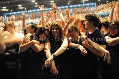 Linkin Park @ Brisbane Entertainment Centre - December 3, 2010   Photographer: Stuart Blythe  LIFE MUSIC MEDIA