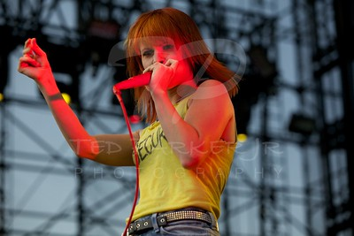 Paramore 2010-06-05 Irvine, CA