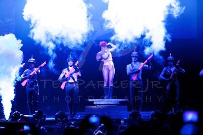 Rihanna 2010-07-26 San Antonio, TX