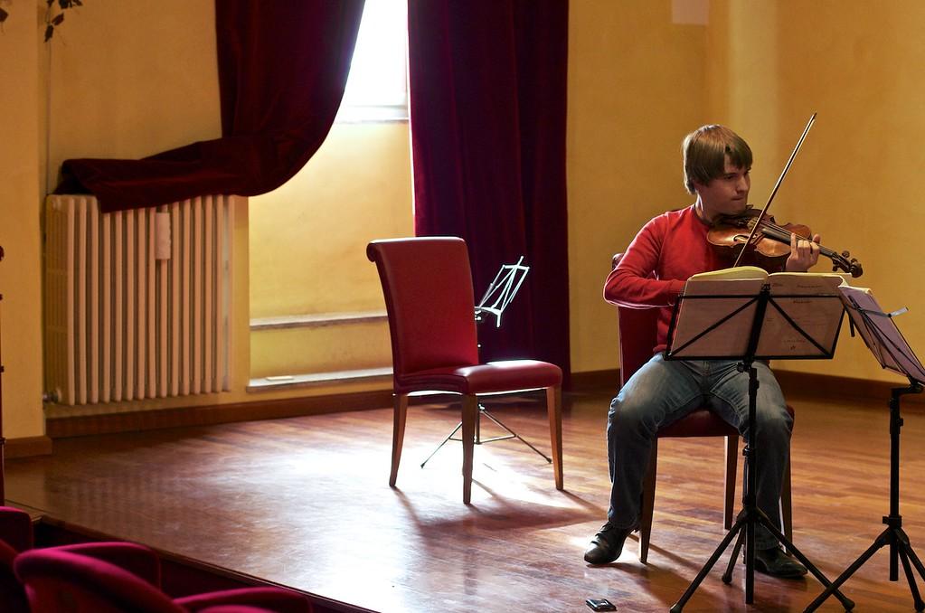 Busch Ensemble ( Mathieu van Bellen, violin / violino - Jonathan Bloxham, cello / violoncello - Omri Epstein, piano / pianoforte)