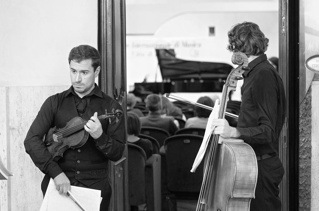 Ganymede Trio (Filipe Johnson, violin / violino - Sebastien Breguet, cello / violoncello - Etienne Murith, piano / pianoforte)