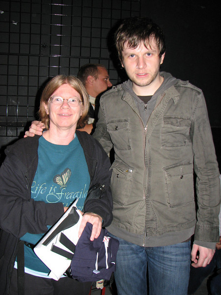 Me with Aaron Marsh of Copeland.  He actually went to the other side of me because the floor slanted upwards a little, and I'm STILL that short. LOL