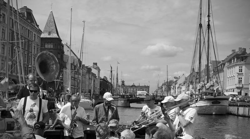 Nyhavn.<br /> Harbour parade with the Orion Brass Band.