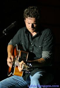 Blake Shelton (59a)