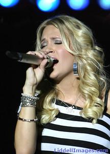 Carrie Underwood (15)