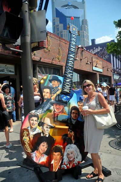 Lindie with her Honky-Tonk Heroes