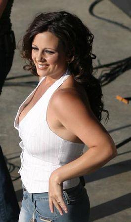Sara Evans2003
