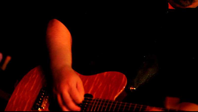 CrossoverBluesBand,2010Ma26(1106p,c2010 DBarman)-Bobby Summers(guitar),'You Never Can Tell' clip