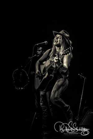 Crystal Bowersox @ Roy's Hall 10-15-16