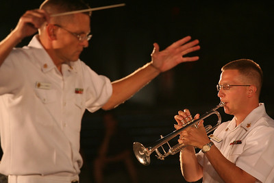 US Navy Band (free outdoor concerts at the Navy Memorial - May thru August)