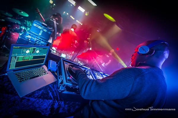 DJ Logic-20131110-055