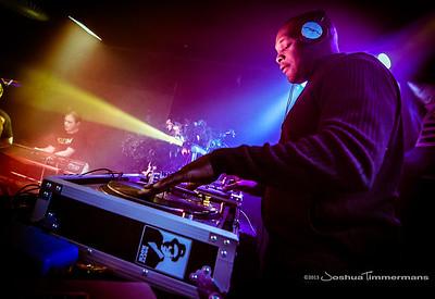 DJ Logic-20131110-043
