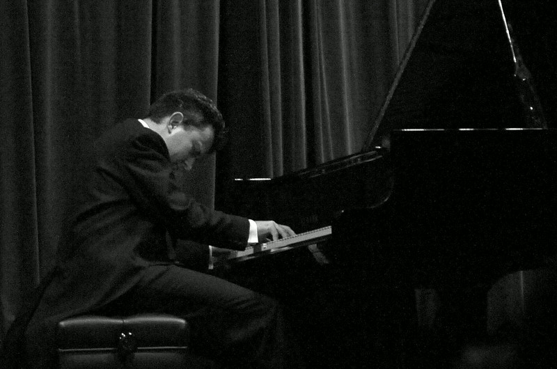 Raphael Alexandre Lustchevsky, 2011