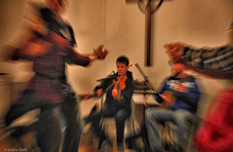 12-15-14: Fiddling for a contra