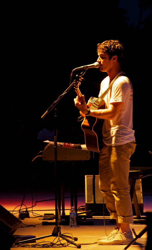 Darren Criss at Six Flags St. Louis July 21, 2011