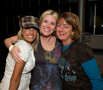 Jamie Buchanan, Amy Finley and Kelly Herbers of the West Side at the Bank of Kentucky Center Friday night for Daughtry