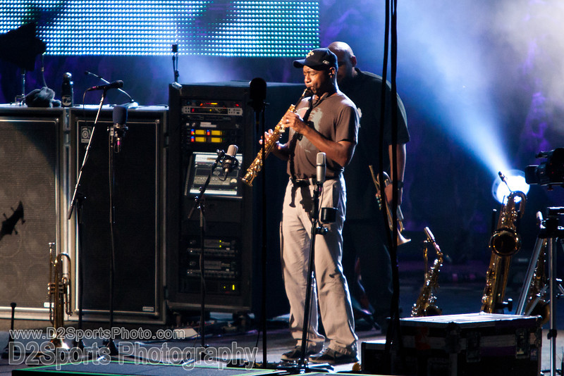 Dave Matthews Band ... Summer Tour 2010<br /> July 21, 2010 at Verizon Wireless Amphitheatre Charlotte<br /> (file 213808_803Q4418_1D3)