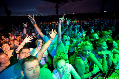 Fans sing along with Dave Matthews Band on July 28, 2010 at 1-800-ASK-GARY Amphitheater in Tampa, Florida