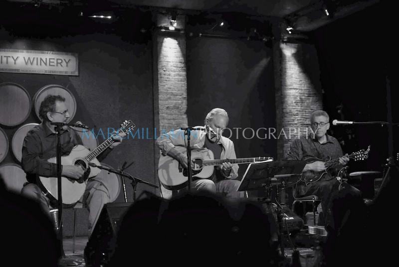 Uncle Sam Blues in B&W<br /> <br /> David Bromberg, Jorma Kaukonen & Barry Mitterhoff @ City Winery (Fri 5/7/10)