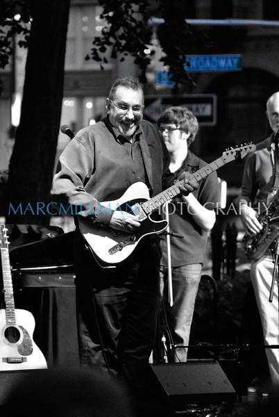 Bromberg on Broadway<br /> David Bromberg Quartet @ Madison Sq Pk (Wed 7/14/10)