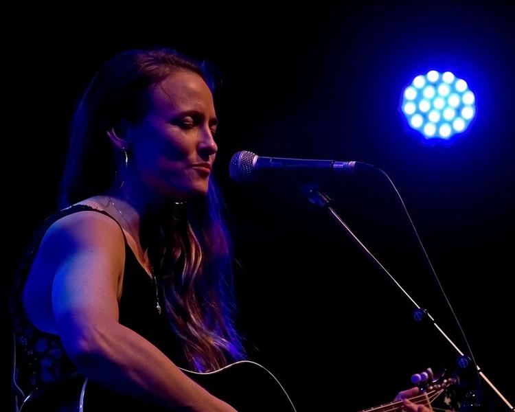 Dawn Landes