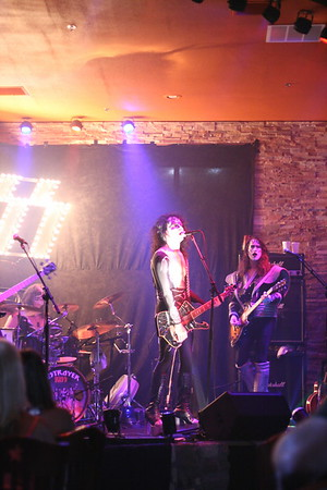 058 Destroyer - KISS Tribute Band @ Coach Joe's, Frisco, TX  5/2008