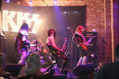 105 Destroyer - KISS Tribute Band @ Coach Joe's, Frisco, TX  5/2008