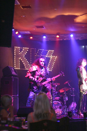 061 Destroyer - KISS Tribute Band @ Coach Joe's, Frisco, TX  5/2008