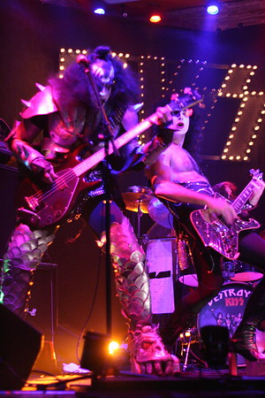"073 ""Destroyer"" KISS Tribute Band - Texas, USA"