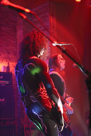 "375 ""Destroyer"" KISS Tribute Band - Texas, USA"