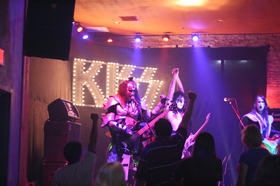"253 ""Destroyer"" KISS Tribute Band - Texas, USA"