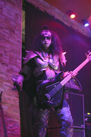 "083 ""Destroyer"" KISS Tribute Band - Texas, USA"