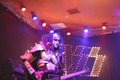 "145 ""Destroyer"" KISS Tribute Band - Texas, USA"